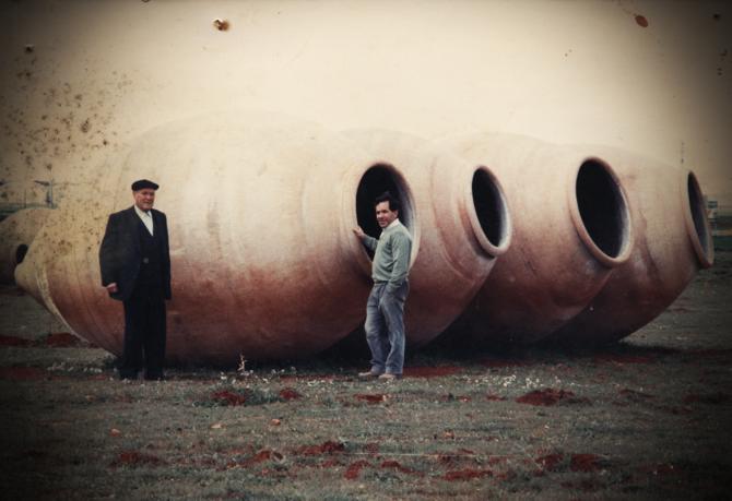 Tomás (a la derecha) y su amigo el tinajero Pepe